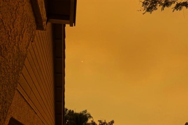 red sky, smoke filled sky, mars like sky