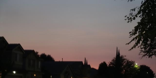 poor sunset, sunset, smoke sunset, dull colors