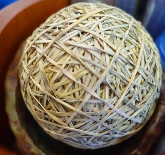 rubber band, ball, pottery, pot, glazed, junior high art class