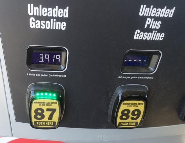 ford fusion, hybrid, gas, fill up